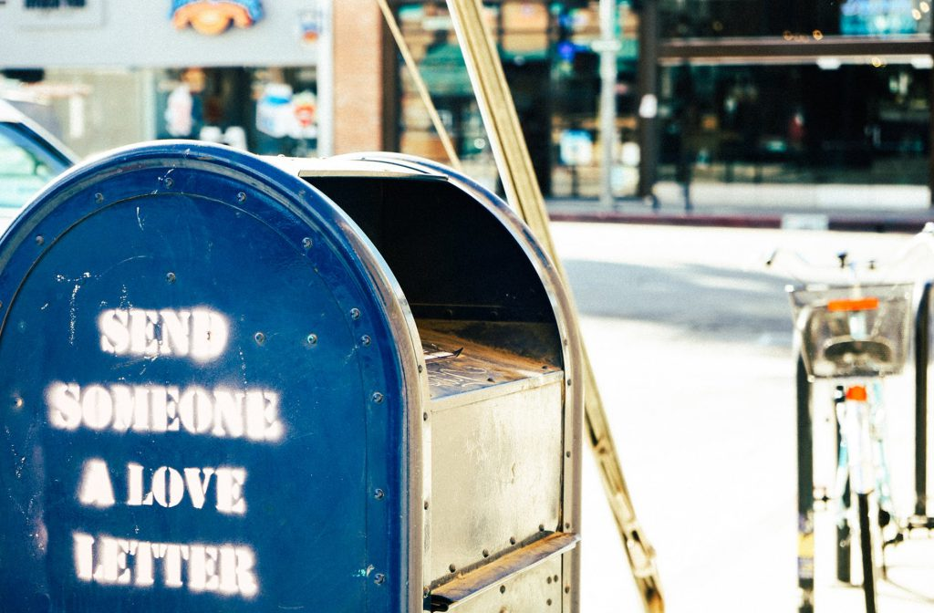 Lass uns eine Nachricht zukommen. Nutze dafür das kostenlose und Nutzer freundliche Kontaktformular .